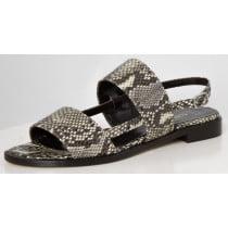 Het mooie weer komt eraan! Bereid je voor en koop nu je sandalen. Met een comfortabele platte zool of met een chique hak...